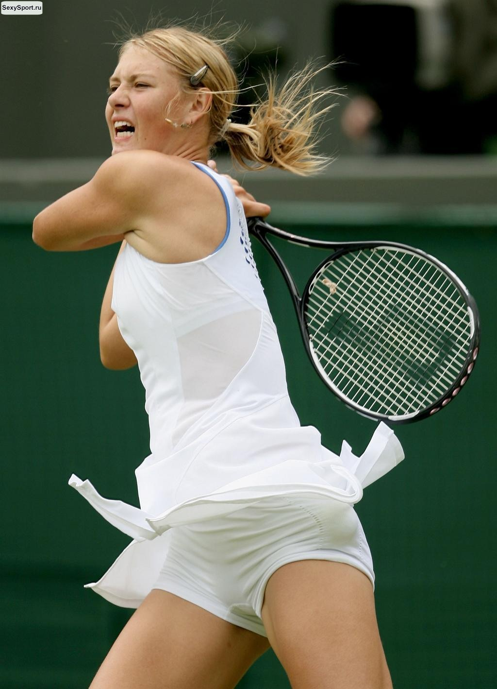 Эротичные упражнения теннисистки